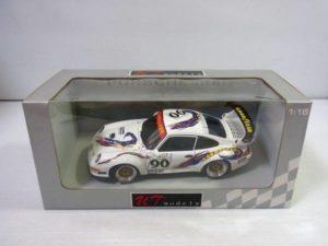 ミニカー UTモデルス 1-18 ポルシェ 911 GT2 デイトナ 1998 #90 -01