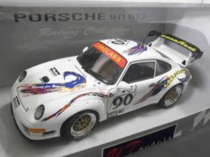 ミニカー UTモデルス 1-18 ポルシェ 911 GT2 デイトナ 1998 #90 -02
