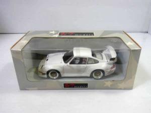 ミニカー UT models 1-18 ポルシェ 911 GT2 レーシング STREET -01
