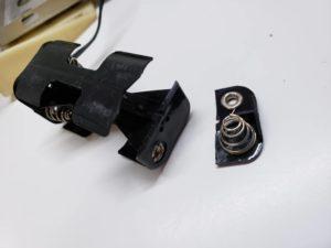 電池ボックスの割れ-01