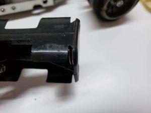 電池ボックスの割れ-02