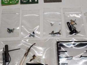 RC ラジコン タミヤ 1/10 JPS ロータス79 競技用スペシャル の小さいパーツ拡大撮影-04