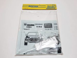 TK 05 ランチア デルタ 1991 サファリ ラリー(Safari Rally) Racing43 BIG MODEL 1/24スケールのパッケージ入り状態01