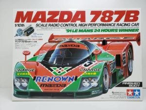 FINISHED BODY Ver. 電動 RC レナウン・チャージ・マツダ 787B 1991年 ル・マン 優勝車 #55 タミヤ 1/10スケールの外箱の正面-01です。