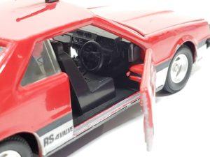 ミニカー トミカ ダンディ R30 スカイライン 2000 RS -03