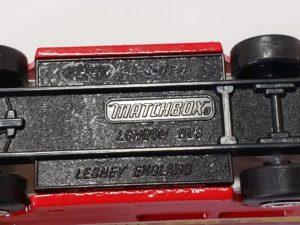 ミニカー 1/124 マッチボックス MATCHBOX 世界のダブルデッカー展 横浜 松坂屋 赤色 バス -06