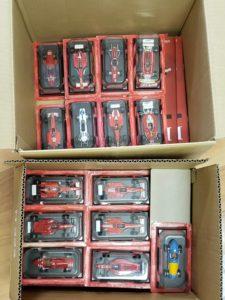 Hachette Collections Japan(アシェットコレクションジャパン)の1/43スケールミニカー 公式フェラーリ(Ferrari) F1コレクションのセット-01