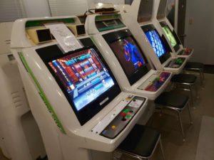 ゲームセンター おきなや (さん) ゲーム筐体風景 撮影 (マニアモデルと同じビルの2階店舗)-02
