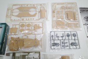 RC 電動ラジコン タミヤ 1/16 Pkw.K1 キューベルワーゲン 82型のパーツ展開図-04