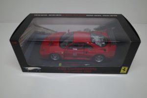 ミニカー ホットウィール 1-18 フェラーリ F40 Test Competizione RED -01