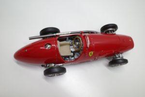 Ferrari フェラーリ 500 F2 1953 DerDoppelweltmeister CMC 1-18◆-09