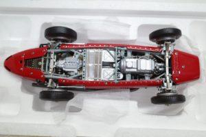 Ferrari フェラーリ 500 F2 1953 DerDoppelweltmeister CMC 1-18◆-10