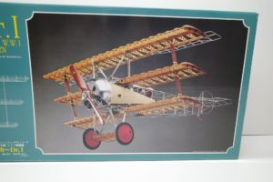 プラモデル ハセガワ ミュージアムモデル 1/8 フォッカーDR.1 航空機プラモデル 完成参考画像-01