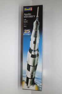 プラモデル レベル 1/96 Revell アポロ サターンV型 ロケット 04805 -01