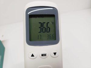 中国製 温度計 非接触 赤外線 赤外線測定 スピード 32回値メモリー機能 1秒検温 ZIPOM JP INC-17