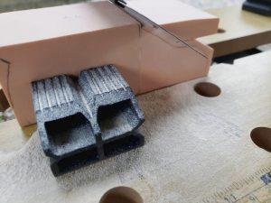 マニアモデルファイル 愛車 旧規格 HA21S/HB11S スズキ アルトワークス の自作 ミニカー 模型作り-不要箇所の切断-11