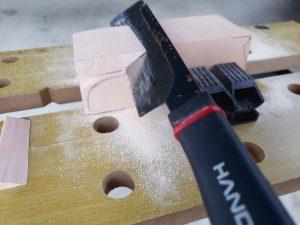 マニアモデルファイル 愛車 旧規格 HA21S/HB11S スズキ アルトワークス の自作 ミニカー 模型作り-不要箇所の切断-12