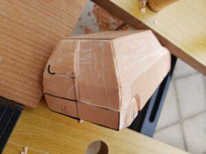 リヤ上部と右側面上部の深彫り -09