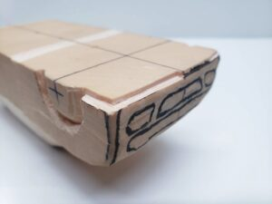 マニアモデルファイル 愛車 旧規格 HA21S/HB11S スズキ アルトワークス の自作 ミニカー 模型作り - フロントバンパー下部-左側の彫り -04