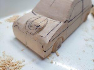 マニアマニアモデルファイル 愛車 旧規格 HA21SHB11S スズキ アルトワークス の自作 ミニカー 模型作り -ボンネットダクトのわきの切り込みと削り (1)モデルファイル 愛車 旧規格 HA21SHB11S スズキ アルトワークス の自作 ミニカー 模型作り -ボンネットダクトのわきの切り込みと削り (1)