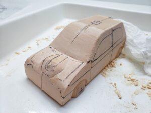 マニアモデルファイル 愛車 旧規格 HA21SHB11S スズキ アルトワークス の自作 ミニカー 模型作り -ボンネットダクトのわきの切り込みと削り (2)