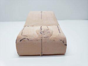 マニアモデルファイル 愛車 旧規格 HA21SHB11S スズキ アルトワークス の自作 ミニカー 模型作り -ボンネットダクトのわきの削りとケガキ (5)