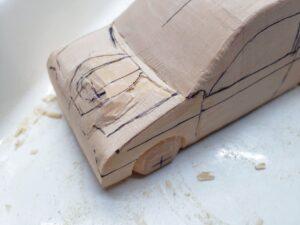 マニアモデルファイル 愛車 旧規格 HA21SHB11S スズキ アルトワークス の自作 ミニカー 模型作り -ボンネットダクトの切り込みと削り (3)