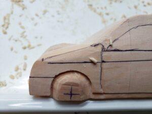 マニアモデルファイル 愛車 旧規格 HA21SHB11S スズキ アルトワークス の自作 ミニカー 模型作り -ボンネット右側の削り (1)