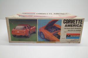 プラモデル モノグラム 1-24 Monogram 2269 シボレー コルベット アメリカ Chevrolet Corvette America 4ドア (5)