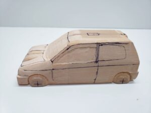 マニアモデルファイル 愛車 旧規格 HA21S- HB11S スズキ アルトワークス の自作 ミニカー 模型作り -左側のボンネットやフェンダー上部の追加削り (26)