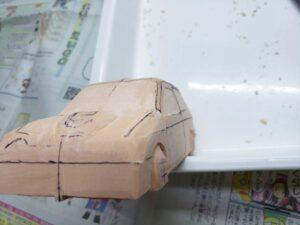 マニアモデルファイル 愛車 旧規格 HA21SHB11S スズキ アルトワークス の自作 ミニカー 模型作り -左側のボンネット上部とフェンダーの確認と削り (2)