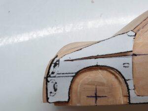 マニアモデルファイル 愛車 旧規格 HA21SHB11S スズキ アルトワークス の自作 ミニカー 模型作り -左側のボンネット上部の追加削り (4)