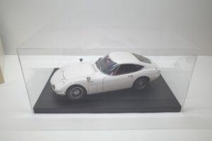 デアゴスティーニ トヨタ 2000GT 1-10 組立済み 完成品 全65号 セットの特注ケースと模型 (1)