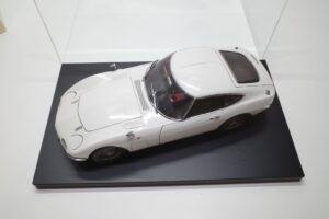 デアゴスティーニ トヨタ 2000GT 1-10 組立済み 完成品 全65号 セットの特注ケースと模型 (5)