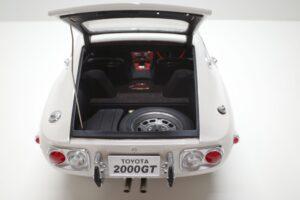 デアゴスティーニ トヨタ 2000GT 1-10 組立済み 完成品 全65号 セット の模型の拡大撮影 (13)