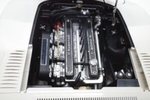 デアゴスティーニ トヨタ 2000GT 1-10 組立済み 完成品 全65号 セット の模型の拡大撮影 (16)
