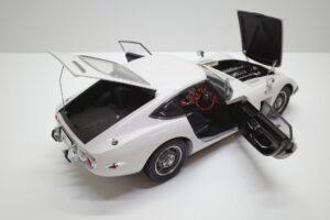 デアゴスティーニ トヨタ 2000GT 1-10 組立済み 完成品 全65号 セット の模型の拡大撮影 (25)