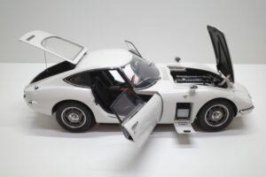 デアゴスティーニ トヨタ 2000GT 1-10 組立済み 完成品 全65号 セット の模型の拡大撮影 (26)
