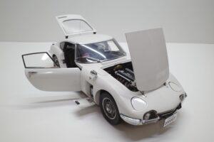 デアゴスティーニ トヨタ 2000GT 1-10 組立済み 完成品 全65号 セット の模型の拡大撮影 (27)