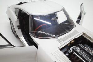 デアゴスティーニ トヨタ 2000GT 1-10 組立済み 完成品 全65号 セット の模型の拡大撮影 (30)