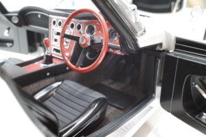 デアゴスティーニ トヨタ 2000GT 1-10 組立済み 完成品 全65号 セット の模型の拡大撮影 (36)