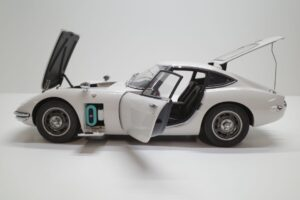 デアゴスティーニ トヨタ 2000GT 1-10 組立済み 完成品 全65号 セット の模型の拡大撮影 (39)