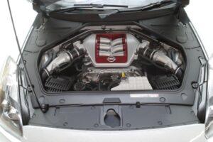 買取事例- イーグルモス GT-R 、冊子、ケース、模型 完成品セットのエンジンルーム開閉と外観 (3)