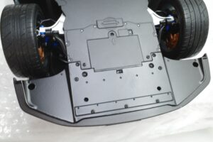 買取事例- イーグルモス GT-R 、冊子、ケース、模型 完成品セットのシャーシ裏面 (8)