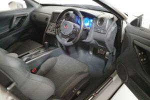 買取事例- イーグルモス GT-R 、冊子、ケース、模型 完成品セットのライト類、内装のイルミネーション風景 (7)
