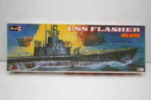 プラモデル 船-Revell 1-180 レベル 米国潜水艦 USS 249 フラッシャーの外箱 (1)