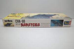 プラモデル 船 Revell 1-540 レベル U.S.S CVA-60 SARATOGA サラトガの箱 (2)