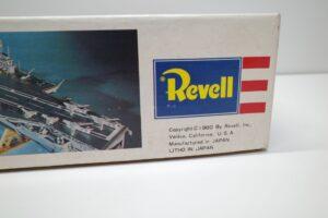 プラモデル 船 Revell 1-540 レベル U.S.S CVA-60 SARATOGA サラトガの箱 (3)