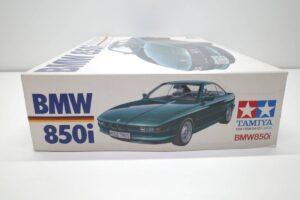 タミヤ レベル Revell 1-24 BMW 850i 絶版品 E31型 エンジン付 フルディスプレイモデル- (2)
