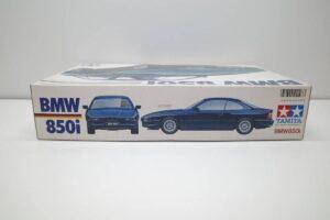 タミヤ レベル Revell 1-24 BMW 850i 絶版品 E31型 エンジン付 フルディスプレイモデル- (4)